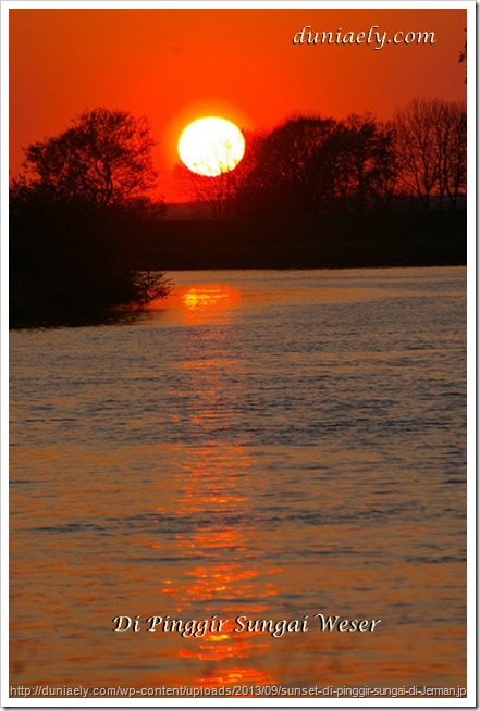 sunset-di-pinggir-sungai-di-Jerman